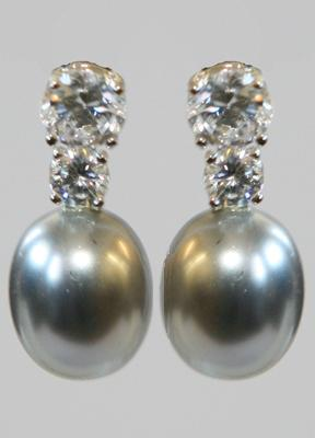 Silver Gray Oval Shell Mop Pearls Zirconite Set Earrings