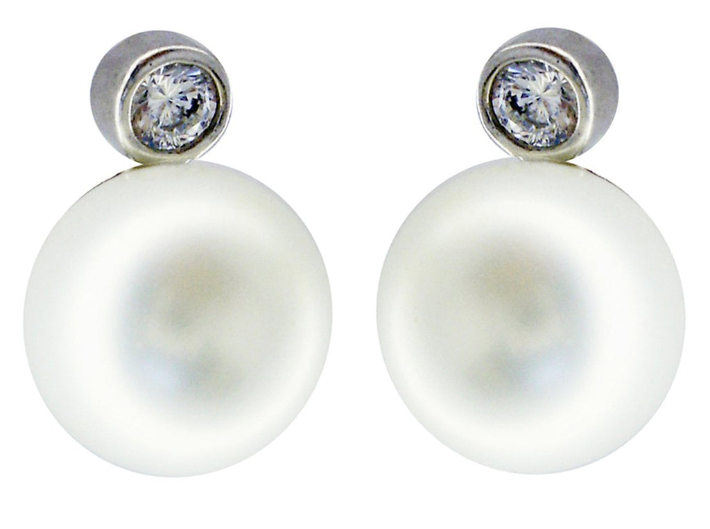 Bezel Post Earring with Pearl