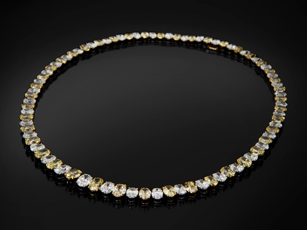 NECKLACE WITH ALTERNATING WHITE AND YELLOW DIAMONDS