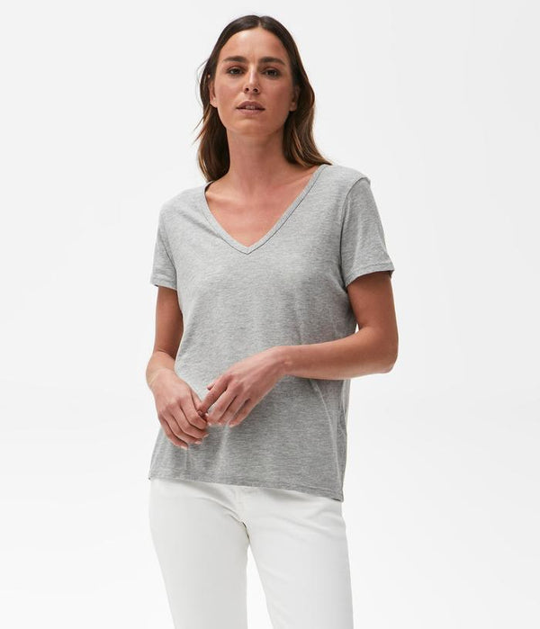 SKYLER RELAXED V-NECK