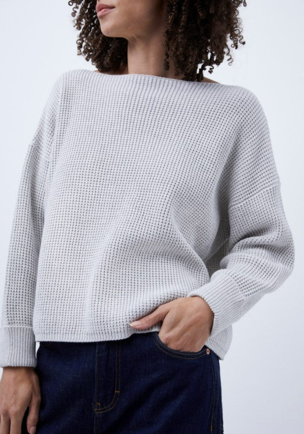 MILLIE WAFFLE KNIT SWEATER IN GRAY