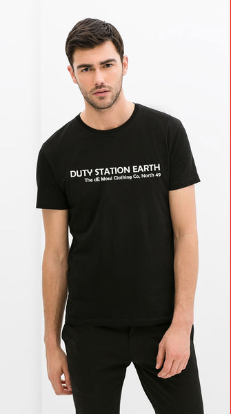 DUTY STATION EARTH Men's T-Shirt - The dE Mossì Clothing Co. North 49