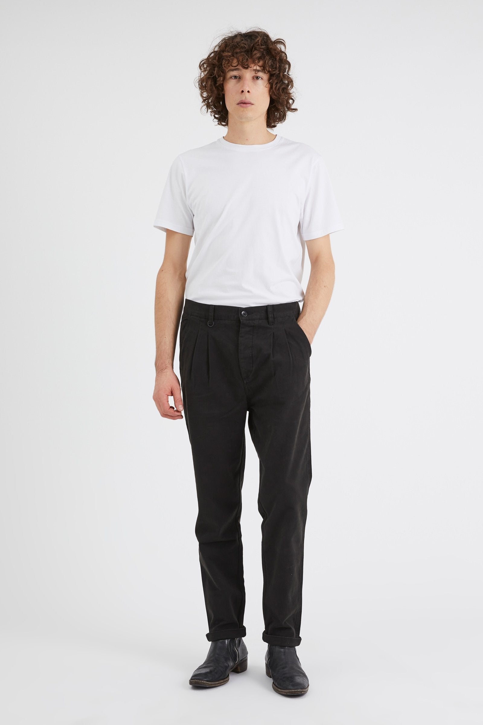 Studio Pleat Pant - Black
