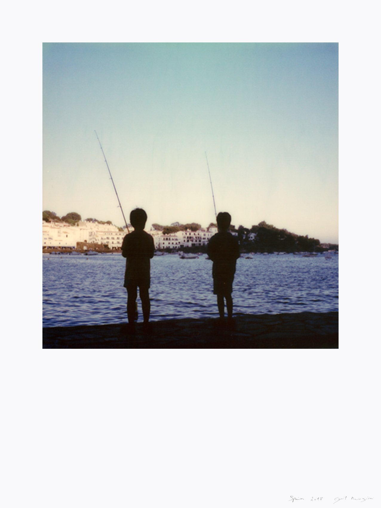 Impression polaroid kids fishermen cadaques