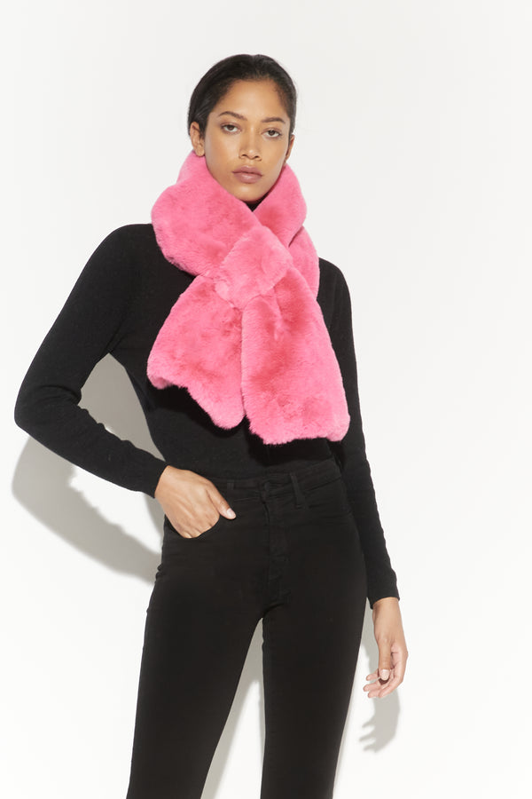 APPARIS Luna Faux Fur Scarf- Bubble Pink