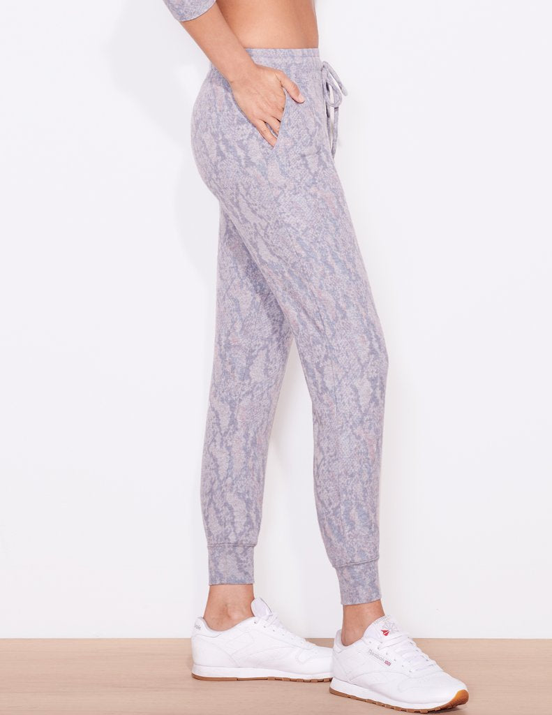 SUNDRY Abstract Snake Jogger Pant