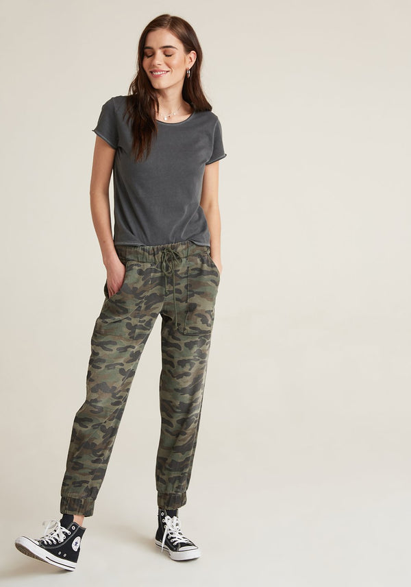 Pocket Jogger in Vintage Camo
