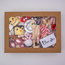 Load image into Gallery viewer, Christmas S'mores Grazing Box
