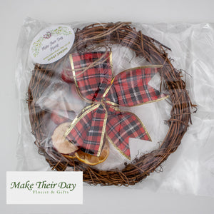 Wreath Decorating Kit