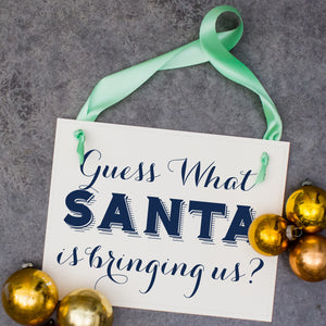 12 Best Christmas Themed Pregnancy Announcements