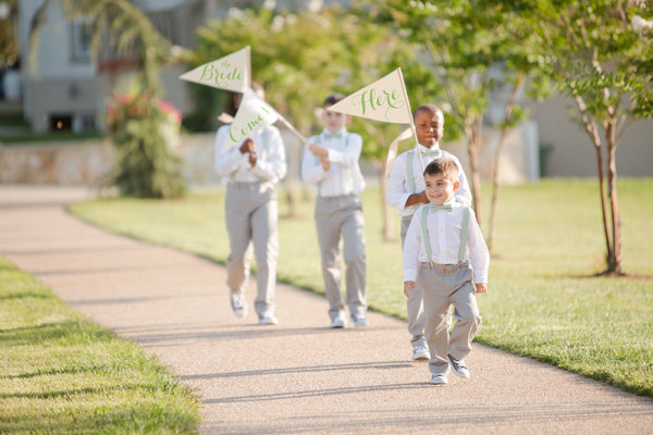 Set of Three Here Comes The Bride Signs Photo By Katelyn James