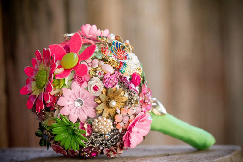 Pink Green Ball Brooch Bouquet