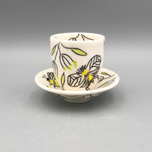 Load image into Gallery viewer, Espresso/cortado cup (4oz) - Bee design on porcelain