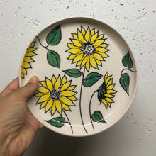 "Load image into Gallery viewer, Plate (small 8"") - Sunflower design on porcelain"
