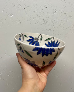 Bowls (set of 3 nesting bowls) - Blue coneflower design on porcelain