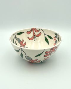 Bowl (medium - 16oz) - Pink bergamot on porcelain design