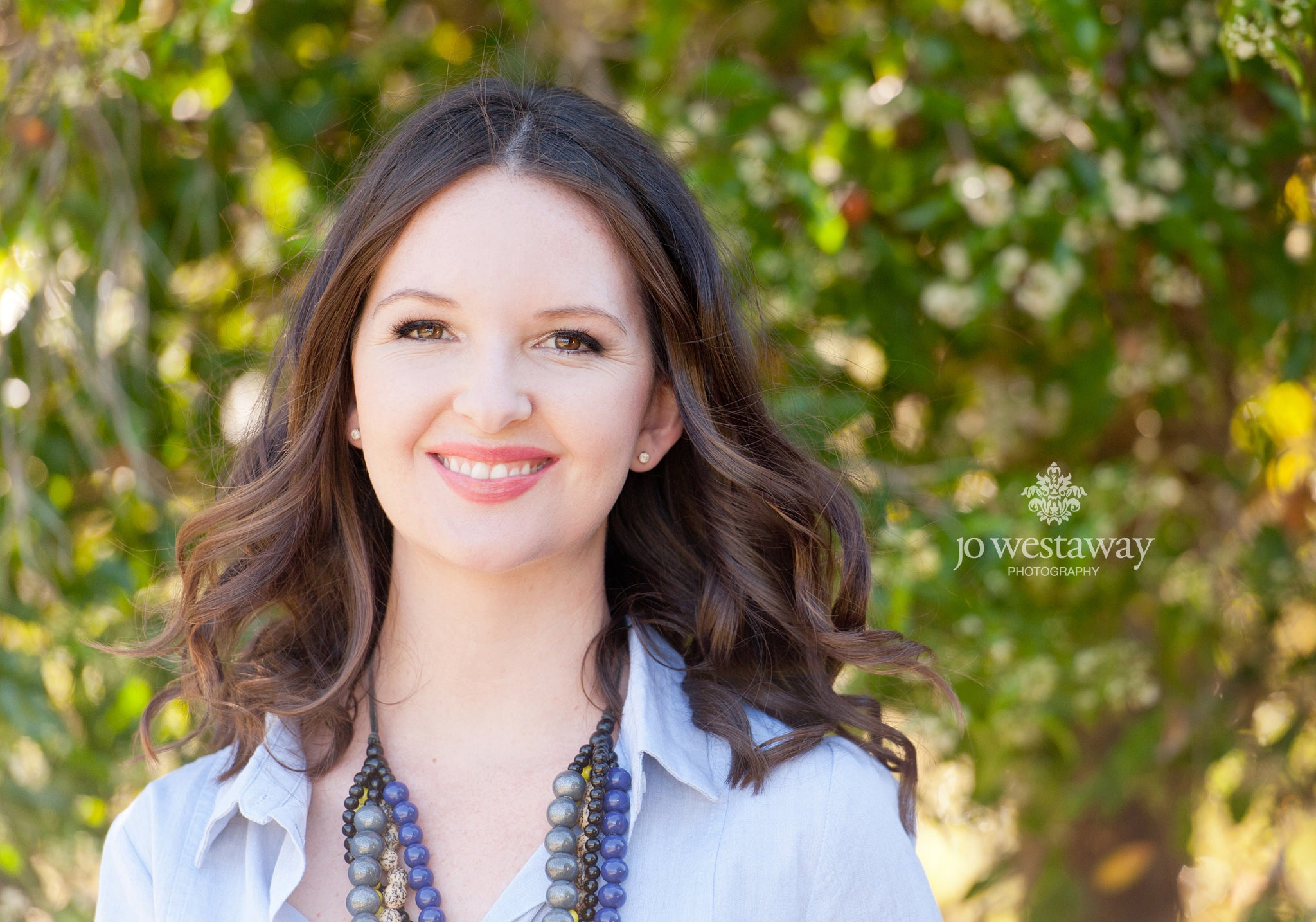 Lifestyle business photos for businesswomen, entrepreneurs and professionals - the modern headshot