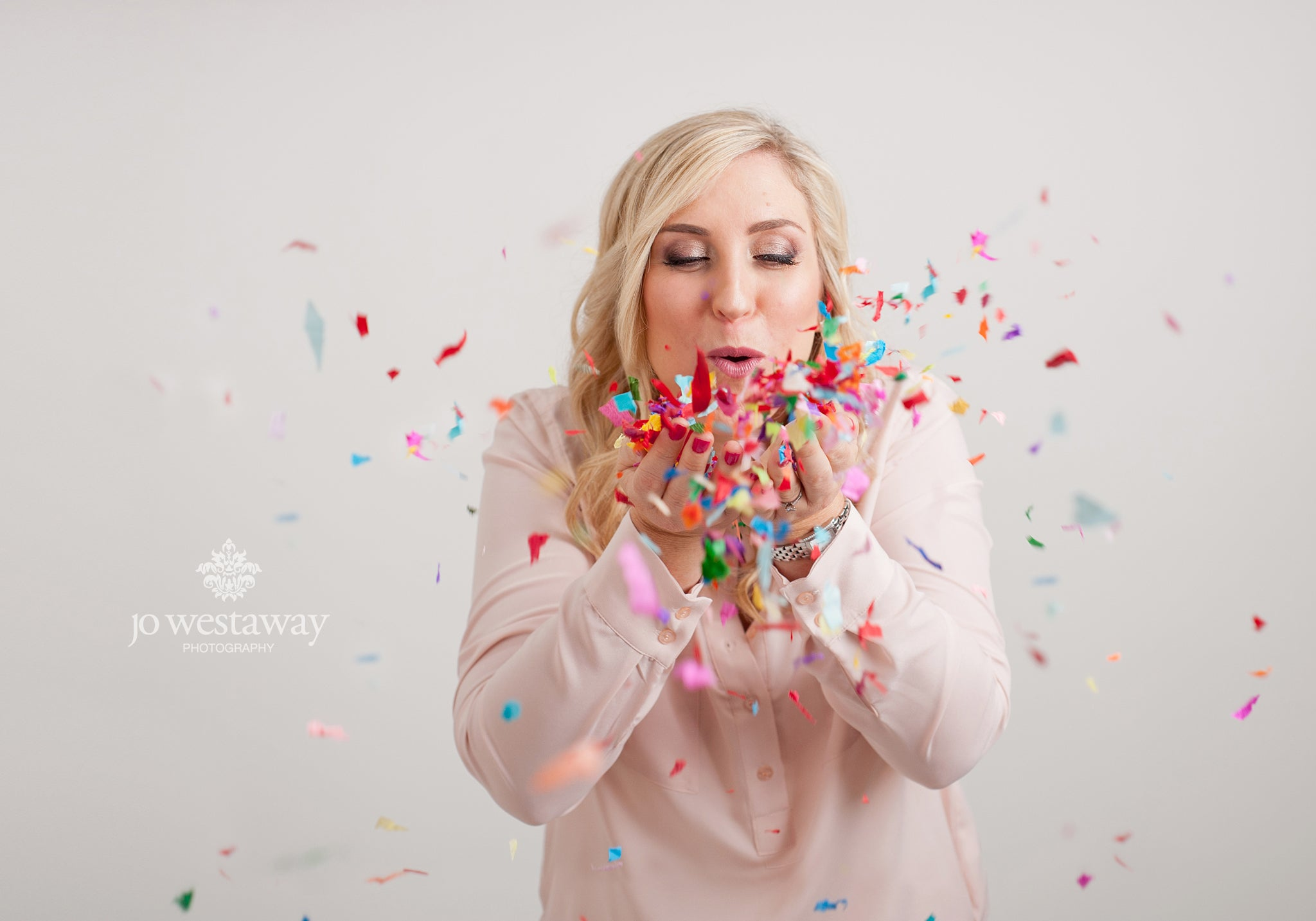 Interesting personal brand portraits, headshots and business photos - confetti