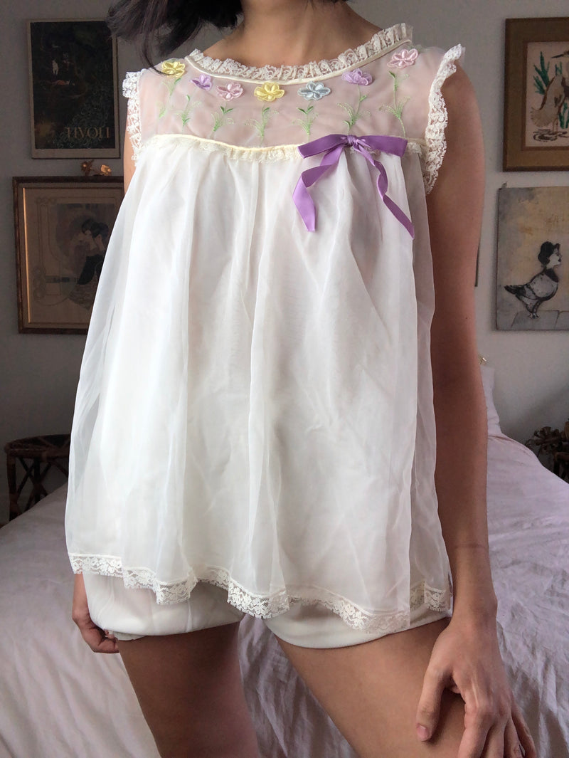 Vintage 1960s White Nightie Set