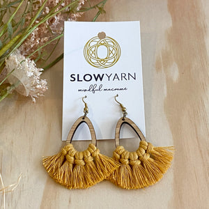 Bamboo macrame earrings mustard