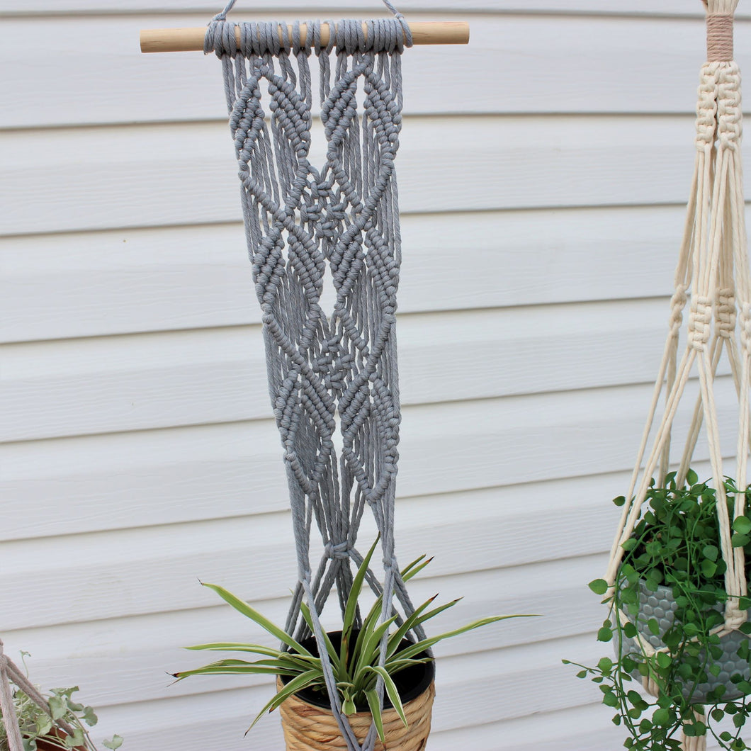 Macramé Plant Hanger 'Growing Kindness'