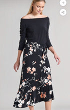Load image into Gallery viewer, Clara Sunwoo Floral Skirt
