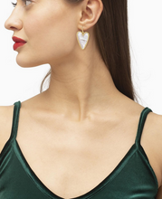 Load image into Gallery viewer, Kendra Scott Ansley Heart Drop Earring Gold - Ivory Mother of Pearl