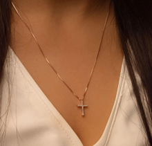 Load image into Gallery viewer, Believe Diamond Cross Necklace
