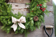"Load image into Gallery viewer, 18"" Christmas Wreath"