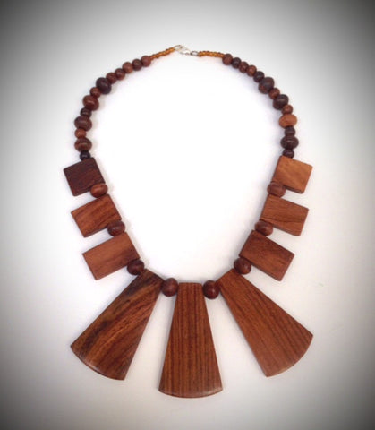 Bungalow necklace