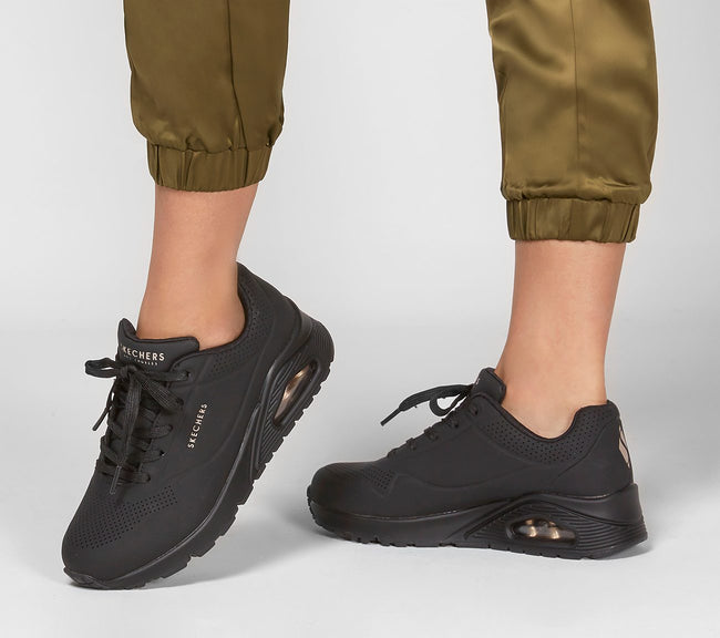 UNO - STAND ON AIR - Skechers SHOESS