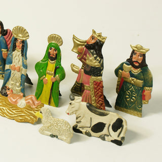 Matte Finish Fold-Up Tin Nativity, with Its Own Box, 10 pieces - Zinnia Folk Arts