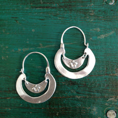 Smooth or Notched Edges Michoacán Sterling Silver Arracadas, Medium