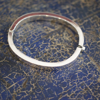 Taxco Mexican Silver Locking Hinge Bangle  Bracelet - Zinnia Folk Arts