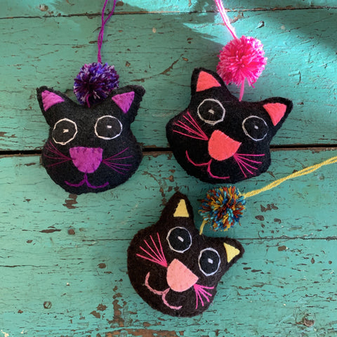 Soft Flannel Hanging Kitty Cats - Zinnia Folk Arts