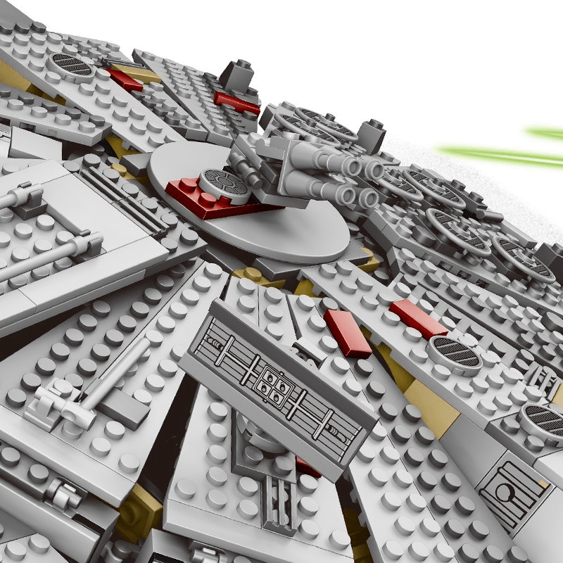Star Wars Millennium Falcon Lego Set