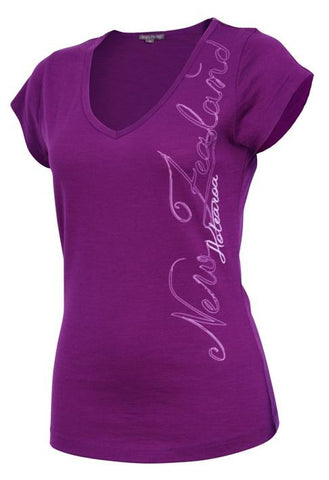 Script Ladies Merino Tee in Magenta