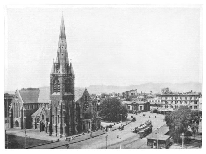 MIN0540_Vintage_Photo_Cathedral_Square_tea_towel_RDPETMFNPW5R.jpg