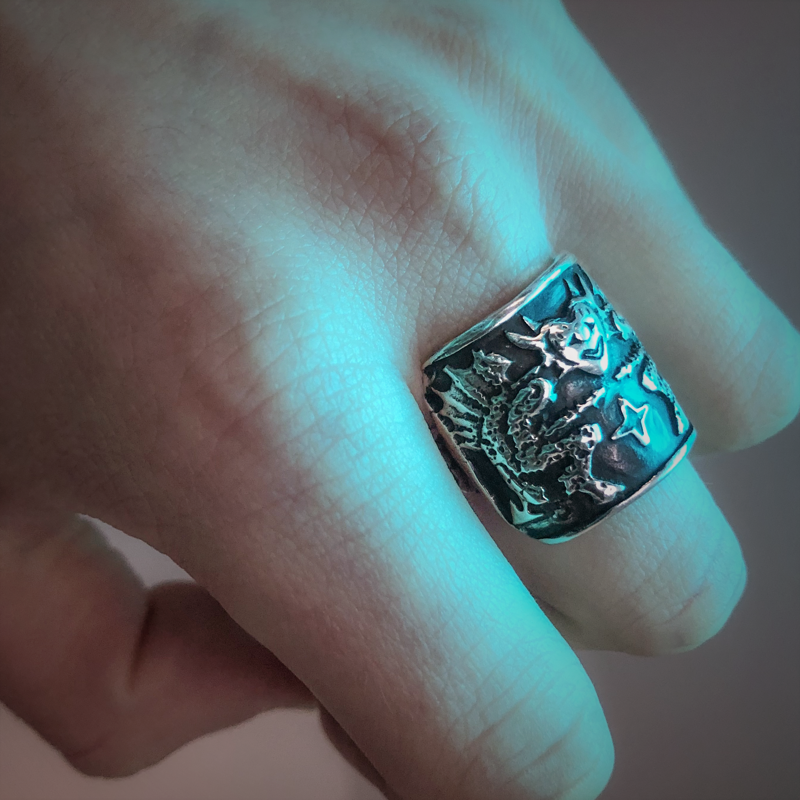 Double Demon Shield Ring