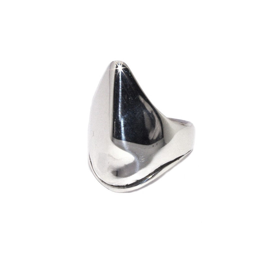 Pointed Shield Ring