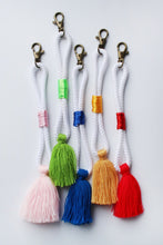 Load image into Gallery viewer, Rope Keychain Set of 5 – Assorted