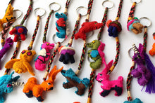 Load image into Gallery viewer, Wool small Animal Keychain - Pack of 25 Units Assorted