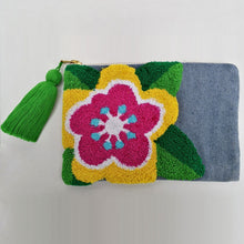 Load image into Gallery viewer, Cosmetic Bag - Pop-Art Flower