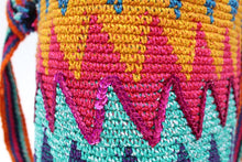 Load image into Gallery viewer, Cotton Crochet Tote – Zig Zag Multicolor details