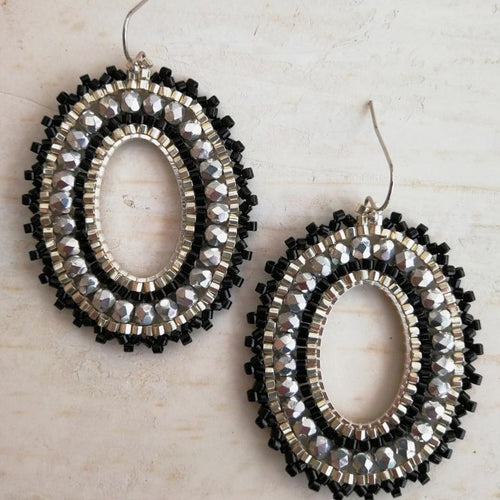 Saturn Earrings - Black.