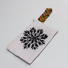 Load image into Gallery viewer, Wristlet Clutch - Circle Flowers