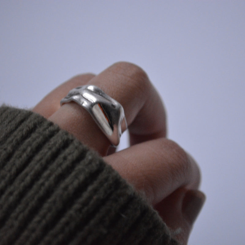 disorder cut ring