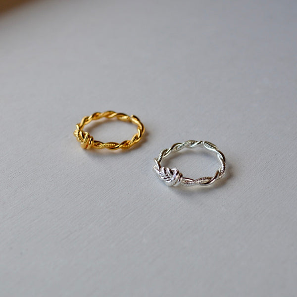 twist & smooth ring
