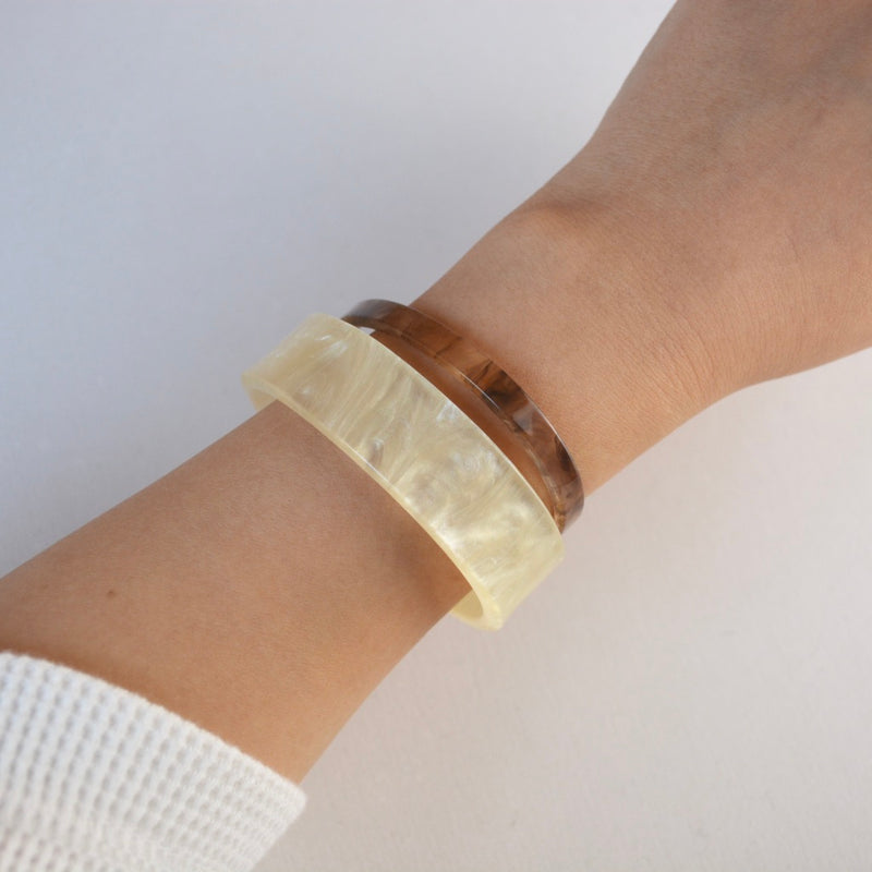 color thick bangle