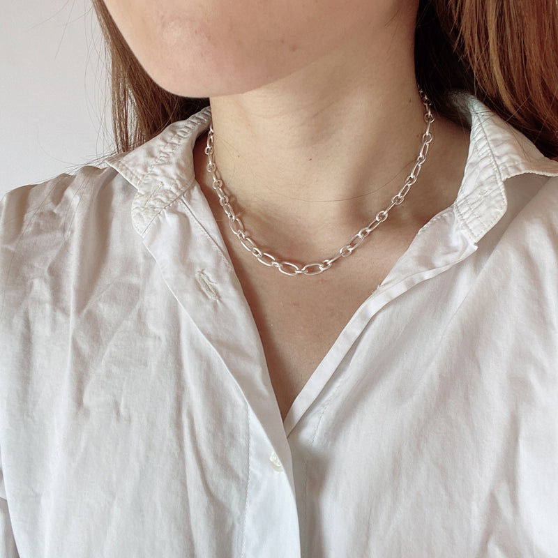 linking matte necklace